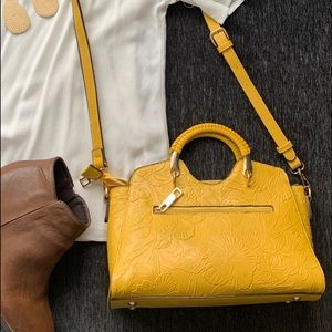 NWOT Sondra Roberts Squared purse
